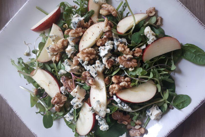 Toasted Walnut Summer Salad